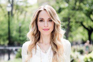 An exclusive interview with Gabrielle Bernstein – Miracles Now
