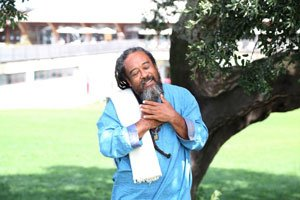 Exclusive Interview with Mooji – Finding our Spiritual Balance
